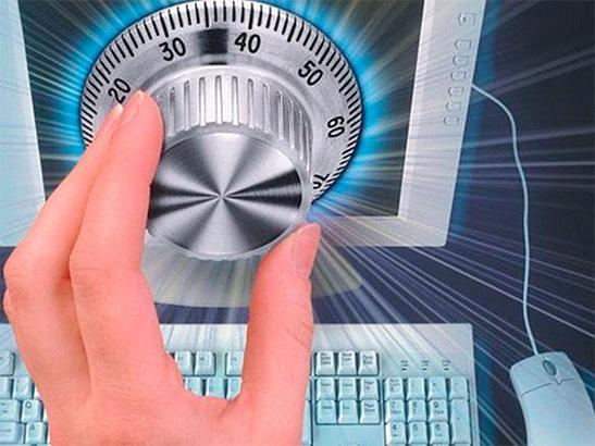 Российские налоговики взялись за «безымянные» электронные кошельки